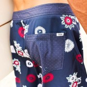 VUORI_SEPT_48.1_V310_EQUATOR_BOARDSHORT_NAVY_FLORAL_BACK-grid_display