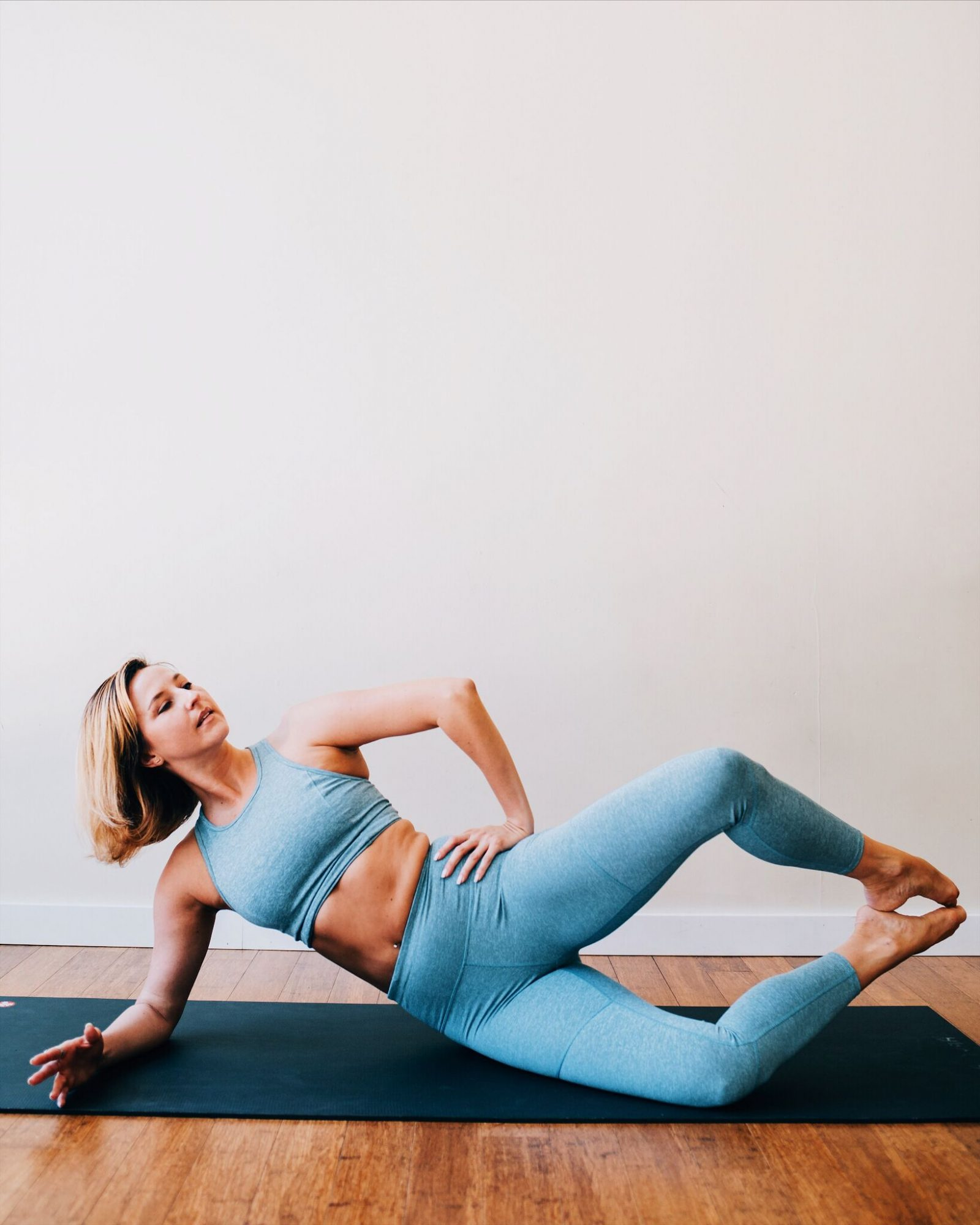 bala barre strengthening moves you can do at home